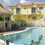 yellow-bird-guesthouse-boston-portland-jamaica